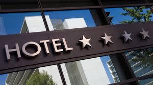 المحاسبة في الفنادق - شرح محاسبة الفنادق - قيود المحاسبة في الفنادق
